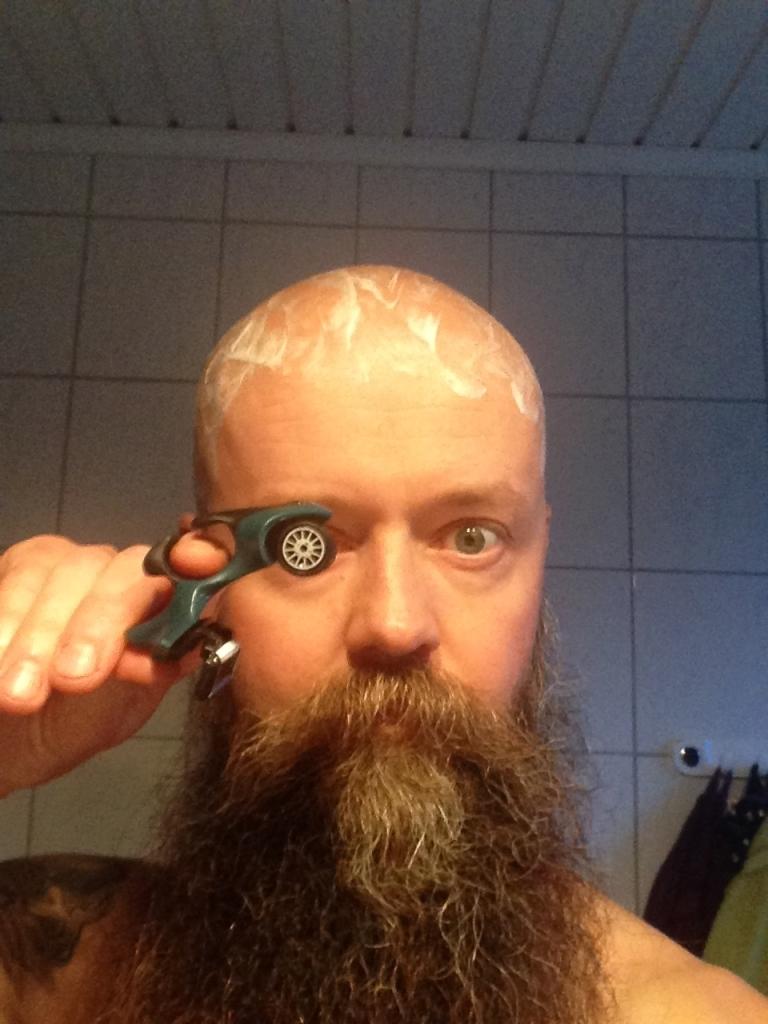 Eyeball_HeadBlade_ATX