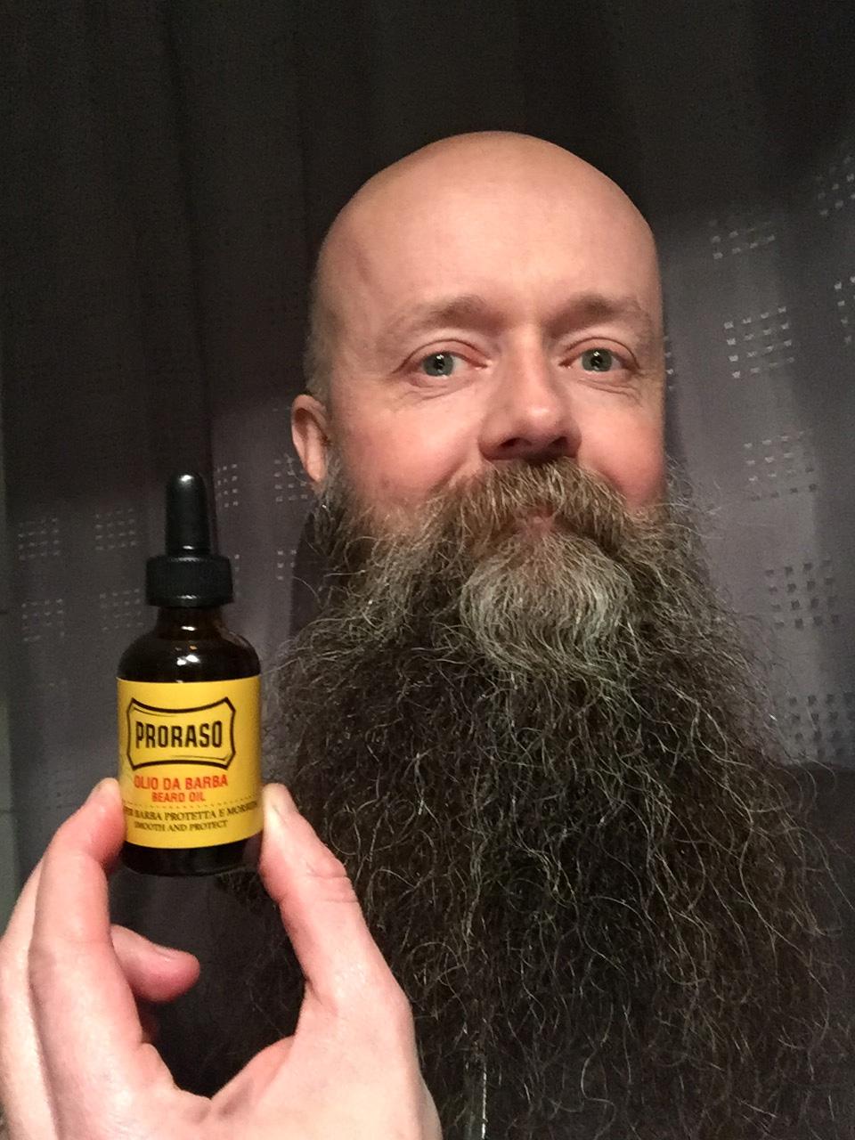 skäggbalsam eller skäggolja