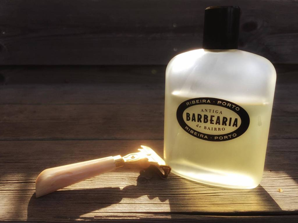recension after shave tonic antiga barbearia de bairro