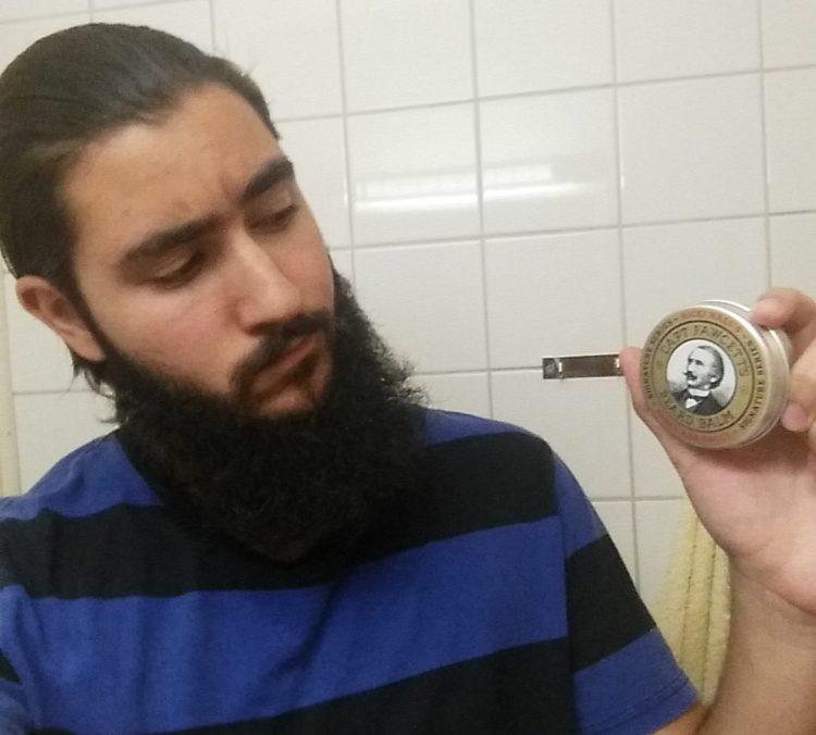 recension ricki hall booz baccy beard balm