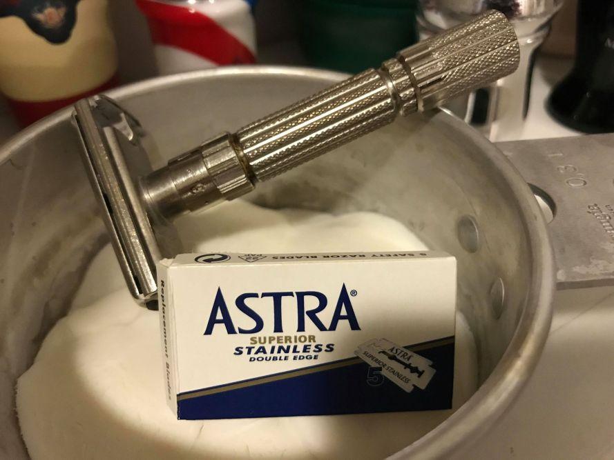 Astra Superior Stainless Double Edge Razor Blades